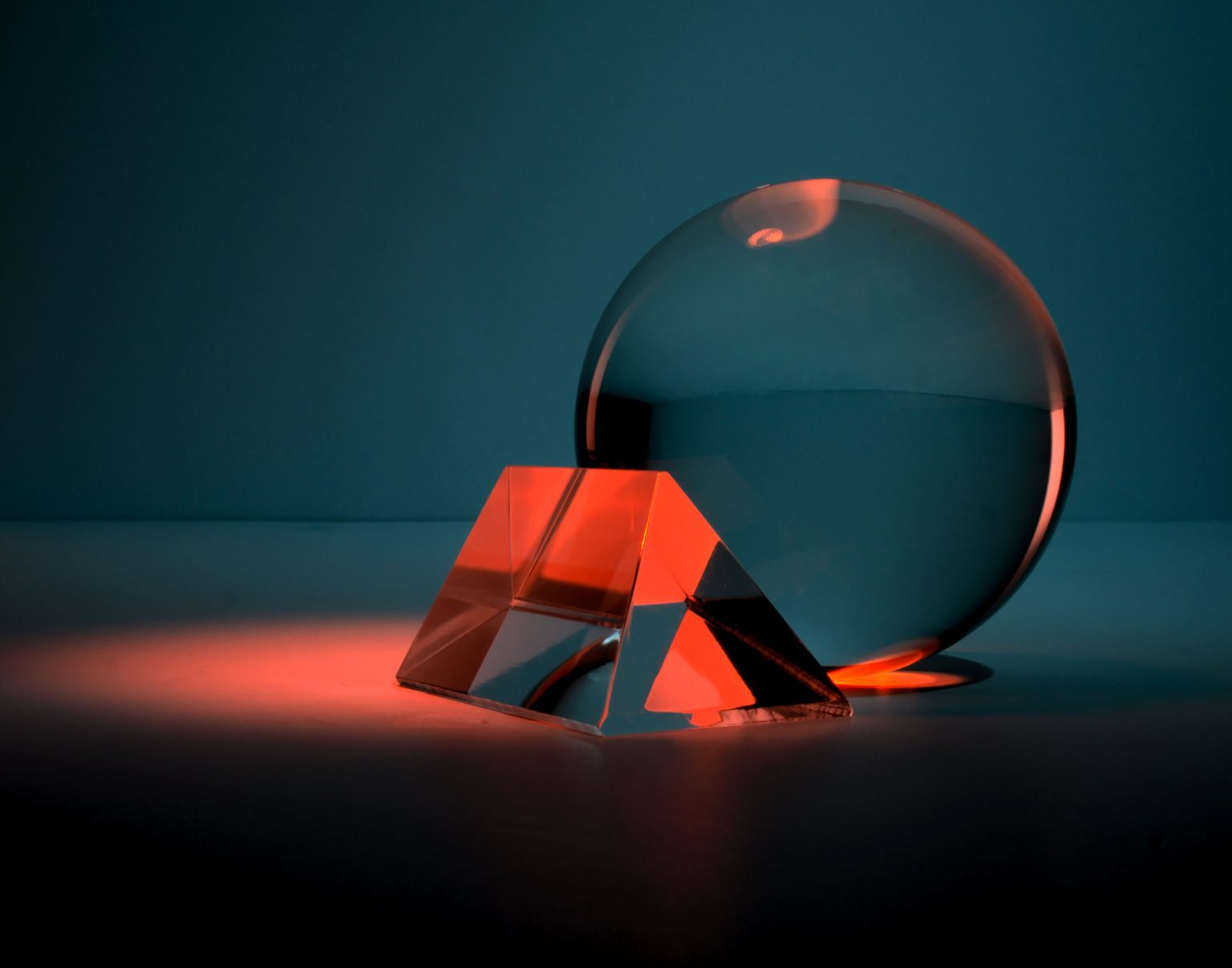 Why the Laws of Physics Are Inevitable? | Article | Abakcus