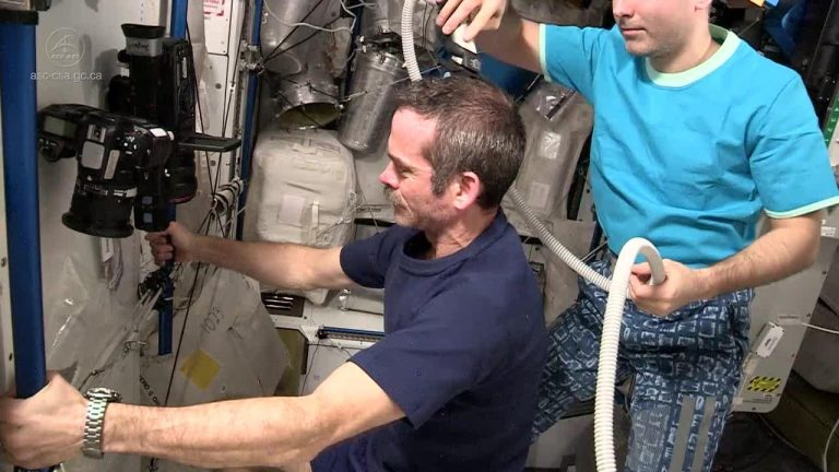 How to Do Haircut in Space?